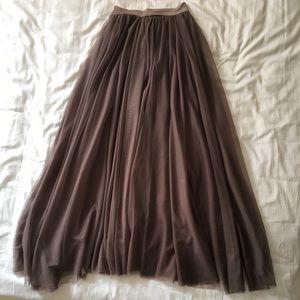 Dresses & Skirts - Floor length tulle skirt